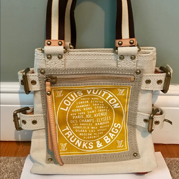 e5f0fcbbcc9e Louis Vuitton Handbags - Auth Louis Vuitton Globe Shopper Cabas Tote PM